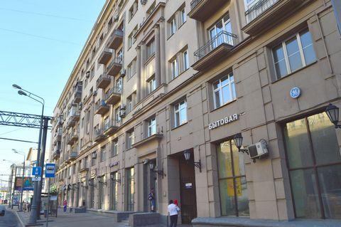 Продается 3 комнатная квартира на 6м этаже 7-ти этажного сталинского дома, пр.Мира 79 Общая площадь - 83,8 кв. м. Кухня - 8,3 кв. м. . Комнаты - 19,2-16,7-15,1 Коридор-12,2 Санузел-5,2 Балкон-1 Документы готовы к сделке, свободная продажа, 1 собствен...