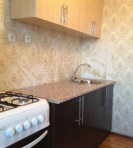 Ухоженная, чистая, отремонтированная квартира сдается в аренду аккуратным русской семье. Замечательный микрорайон. Вся инфраструктура под боком. По комиссии скидка 50%