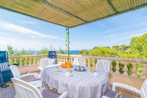 Charming and beautiful typical coastal house, located on a cliff that positions directly over the sea with direct access to its crystalline waters. It is located in Cala S'Almonia and offers accommodation for 6 guests. Several terraces become the per...