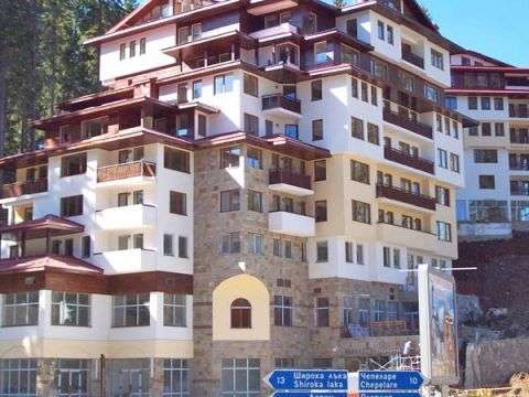 Amazing Studio Apartment in Pamporovo Palace Bulgaria Euroresales Property ID- 9825390 Property Information: Pamporovo Palace is a lovely complex located in the ski resort of Pamporovo at the foot of Mount Snejanka. The complex is situated just 10 m ...