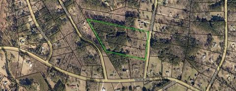 CALLING ALL BUILDERS! Build one home or three. Three separate parcels, all are each 5+- Acres in Walton Downs subdivision, totaling 15.36 Acres. ALL THREE LOTS MUST BE PURCHASED TOGETHER. Lots 2681 Walton Downs, 2661 Walton Down & 2641 Walton Downs. ...