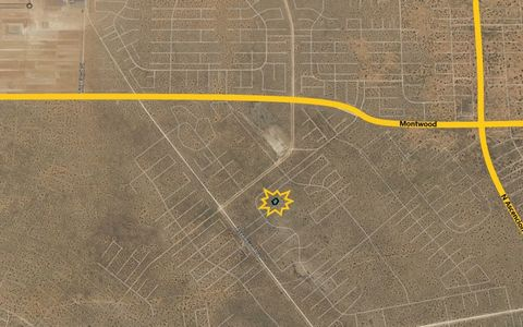 Located in El Paso. *** Investor Special*** 0.36-acres in the Eastern part of the county, just North of Horizon City. This property is an amazing investment opportunity due to the amount of growth coming from El Paso City. The property currently does...