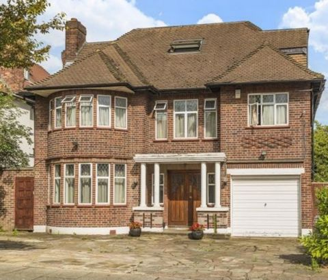 Stunning 8 Bedroom House, Finchley, London, England Euroresales Property ID – 9826054 PROPERTY LOCATION: Haslemere Gardens London N3 3EA PROPERTY OVERVIEW One thing that has remained consistent throughout these changing times is the importance and st...