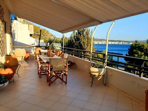 2 Bedroom apartment only 50 meters away from the beach! The living area consists of 2 bedrooms, a living room with open kitchen and a bathroom. Living area: 86 m² Floor: 4th Features Balcony Sea View Fireplace Aircondition Elevator
