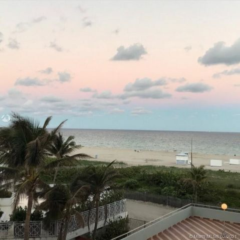 Best location in South Beach!!! Great beach View from balcony and walking distance to all amenities, beach as a back yard and nightlife galore within walking distance. Currently rented but will be vacant by end of month, Priced for quick sale won't l...