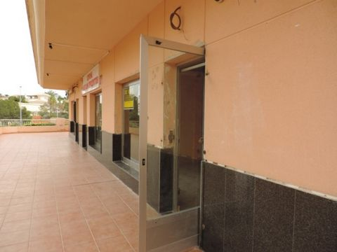 Business Type: Office/Shop (FREEHOLD) Located on one of the most sought after commercial centres on the Orihuela Costa, being right next to La Zenia Boulevard shopping centre. This 73m2 unit is practically a blank canvas, having the floor tiled only....