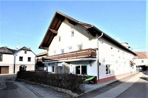 Zum Verkauf kommt dieses Mietshaus in St. Oswald bei Freistadt. Das Objekt wurde 1960 im Ortszentrum von St. Oswald gebaut und als