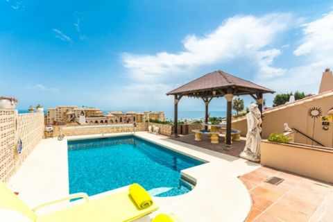 Bargain!! New price 399.000€ for a very fast sale!! Beautiful Villa with beautiful views to the sea and Sohail Castle. First floor: Large living room with fireplace, dining room, TV room, separate fitted kitchen, master bedroom with fitted wardrobes ...