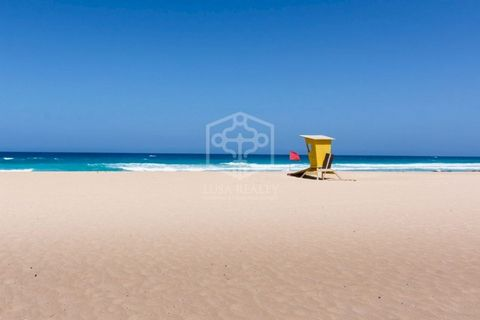 Plot for hotel construction on the seafront for sale. Located in Fuerteventura, the second largest of the Canary Islands in the Atlantic Ocean, 100 km off the coast of North Africa. It is a well known holiday destination thanks to its white sandy bea...