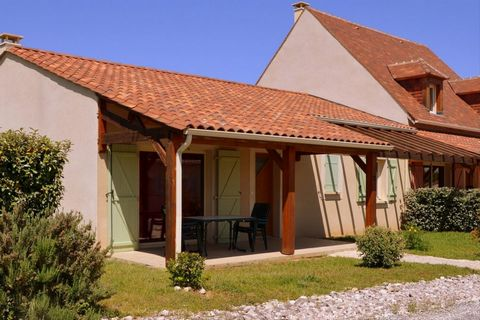 The holiday park Domaine de Lanzac is located in one of the most beautiful places of the Dordogne in France. The park is situated on the top of a hill and offers a magnificent view over the valleys with rivers, castles and picturesque French villages...