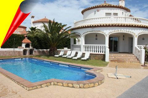 The Villa Marisol is located in the pretty town of Miami Playa, a popular resort in the eastern part of the region. It occupies a convenient location, 30 km southwest of Tarragonaand 120 km southwest of Barcelona. In the town you will find everything...