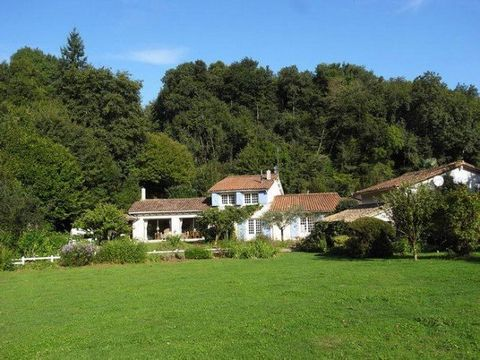 A stunning location in its own private valley situated in the Deux Sèvres between the towns of Saint Maixent l'Ecole et Parthenay. 10 minutes from the Auto route to Paris. 20 Minutes to Niort. A former mill house with 3 bedrooms and outbuildings whic...