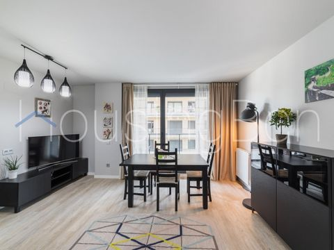 This magnificent apartment is located on the second floor of a modern building in the first sea line. It consists of 1 suite double and 1 individual bedroom, one more bathroom, a spacious living room with an access to the terrace of 10 m2 and fully e...