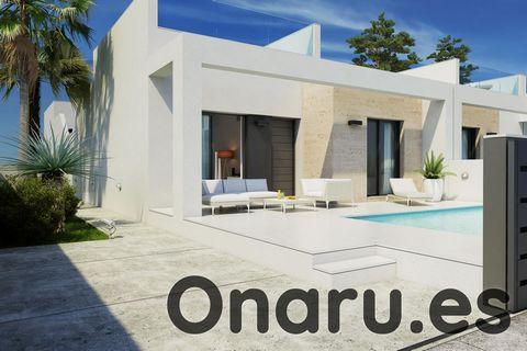 Estamos orgullosos de presentar este moderno bungalow en la pequeña y encantadora localidad de Daya Nueva, a menos de media hora en coche del aeropuerto de Alicante. Esta impresionante propiedad ofrece el estilo de vida mediterráneo todo en un nivel....