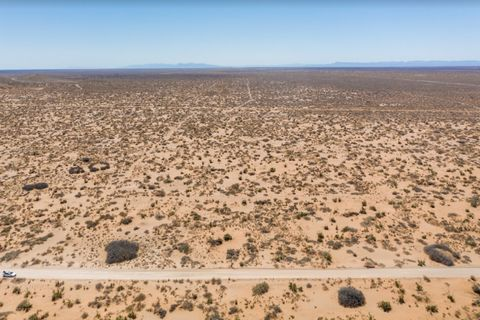Located in Clint. Unplug on Over 1 Acre in Scenic West Texas Wake up to the sounds of nature when you build your dream home gorgeous property. Take in the wide-open landscape and amazing Texas scenery on 1 acre of rustic flat land with dirt road acce...