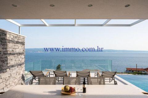 Casa, 240 m2, Vendita, Omiš