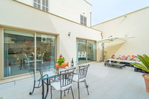 In the lovely village of Maria de la Salut, this beautiful and modern house is willing to make the stay for 2 guests great. This house has been completely restores in a quite modern style. It has just one floor as well as marvellous and stylish furni...