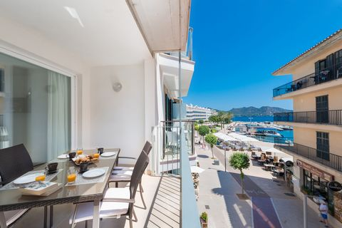 Welcome to this wonderful apartament for 4 people, located only 130 metres away from the marina in Cala Bona. The views to the sea, to the marina in Cala Bona and to the mountains are, without a doubt, the best company for a delicious breakfast in th...