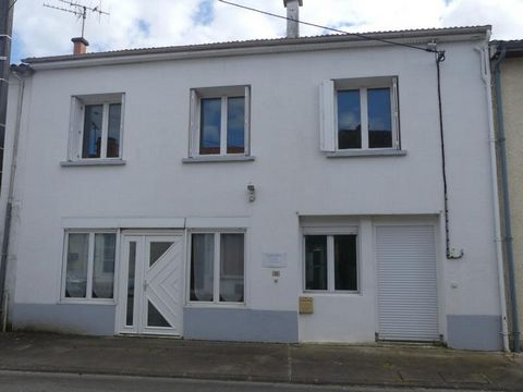 Our ref- AI4635 This property is situated in a town with services and amenities. It is versatile in it's possibilities. With approximately 240 m2 of habitable area which could serve as one spacious home or two separate houses with their own independa...