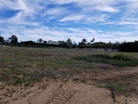 Approximately 1.7 miles from the beach, this property is surrounded by multimillion-dollar homes. This 3.9 acres lot includes four parcels: 260-213-01, 02, 06, & 07. The land subdivision tentative parcel map is already approved by the city to allow b...