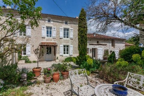 Property Features Bedrooms : 4 Bathrooms : 2 Reception Rooms : 2 Plot (m2) : 2568 Habitable area (m2) : 224 Swimming Pool : Yes Outbuildings : Yes Drainage : Fosse septique Heating system : Wood-burning stove and electric heating Taxe foncière (EUR) ...