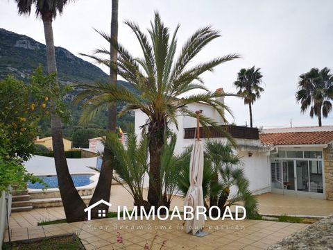 Spacious and bright villa available for long term rental from September 2021. Located in La Drova, just 2 minutes drive to the nearest village of Barx (1.2km). With private swimming pool, tennis court, store room and fully fenced garden. There are tw...