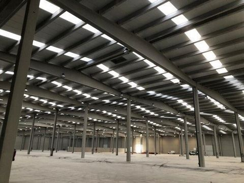 Logistic Warehouse for rent in Riba-Roja De Túria, with 2,676 m2 and Loading Dock.