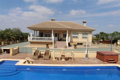 Superb 4 Bedroom Villa in Lorca Spain Euroresales Property ID – 9824971 Property information: This property is an excellent 4 bedroom villa located on the outskirts of Lorca, Murcia, Spain. The property is located on a plot which covers a total area ...