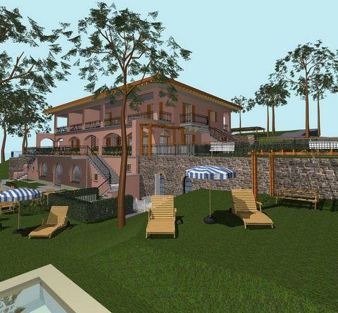 Villa in vendita a Tuoro sul Trasimeno, località Puntabella a confine tra Toscana e Umbria.Situata lungo la sponda del lago, la villa di circa 1000 mq si compone di 8 appartamenti e sala comune. Realizzata negli anni Sessanta, attualmente oggetto di ...