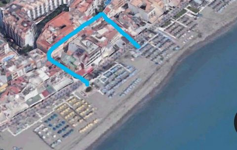 We are delighted to offer this well-established 3 star beachfront hotel in the prestigious area of La Carihuela – Torremolinos. The hotel offers 36 air-conditioned rooms with private bathrooms. Some of the rooms offer sea views and have terraces, all...