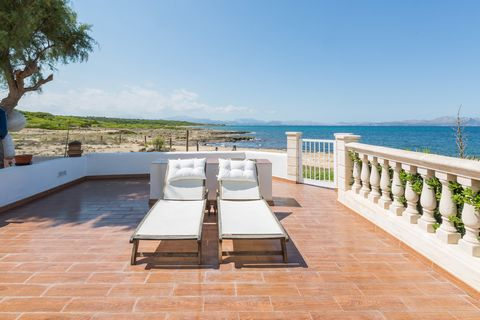 3 story townhouse in an exceptional location, as it is situated on the seafront in Son Serra de Marina. It offers stunning views of the sea and the mountains and it can comfortably accommodate 6 people. This property's outdoors are great. Just before...