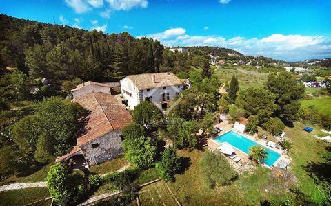 Beautiful masia for sale in the famous wine area of Penedes behind Barcelona. The masia dates from the year 1796 and is built over 3 floors. The main house is fully renovated and has a constructed area of 750 m2 plus some extra buildings of 350m2 con...