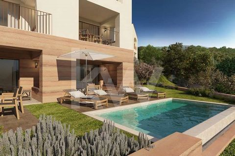 This fabulous One Suite Apartment is part of the Viceroy Residences integrated in the Ombria Resort next to Querença in the Algarve. It is an investment in a house for own use and tourist exploitation, in full ownership, with services and hotel manag...