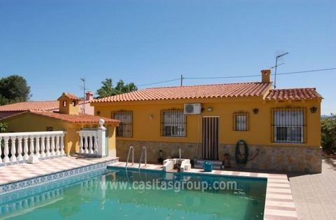Really large Villa with Swimming Pool in Oliva, this 4 Bedroom property has sea views and lots of extras such as Air Conditioning, Central Heating and is immaculately presented. Conveniently located for Oliva and Gandia and both countryside and the c...