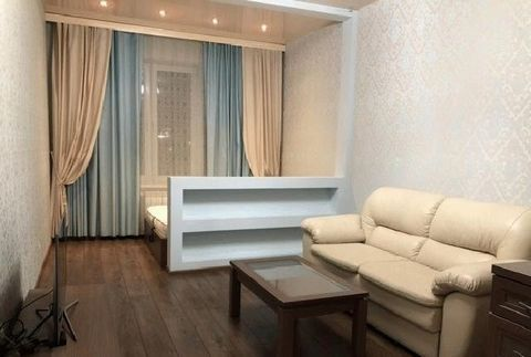 Сдам квартиру на длительный срок, имеется вся необходимая мебель и бытовая техника для комфортного проживания