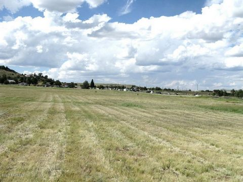 PRIME COMMERCIAL PROPERTY 3.01 ACRES. 250 FEET OF HIGHWAY 69 FRONTAGE. ALL UTILITIES ARE AT THE PROPERTY. ALSO ACCESS FORM OLD CHISHOLM TRAIL AND EAST ARABIAN LANE.INCLUDE PARCELS 402-16-384K, 402-16-384J, 402-16-025, AND 402-16-029.