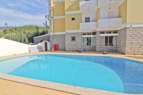 In a plot of 1275 m2, 750 m of altitude, in the area of Caldas de Monchique is located this property of 3 floors with 27 rooms with bathroom included, with unique and original features, it is located in the area of the Monchique Thermal Baths, where ...