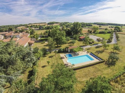Property Features Bedrooms : 9 Bathrooms : 4 Reception Rooms : 4 Plot (m2) : 47460 Habitable area (m2) : 265 Gîte : Yes Swimming Pool : Yes Outbuildings : Yes State of Repair : Good Drainage : Septic tank Heating system : Oil-fired central heating Ta...