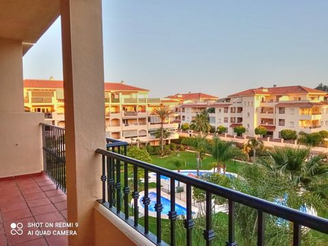 Apartment a few minutes by car from the beach. This apartment with its large terrace brings a lot of light into the property. It is divided into two bedrooms, two bathrooms, kitchen and living room. It is sold unfurnished so you can give it the perso...